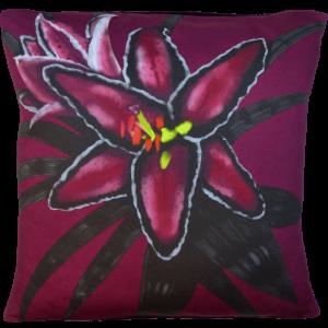 Night Flowers Lily cushion - Claret