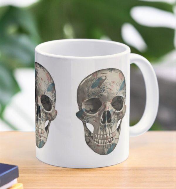 evil-left-hand-herons-skull-mug-lifestyle