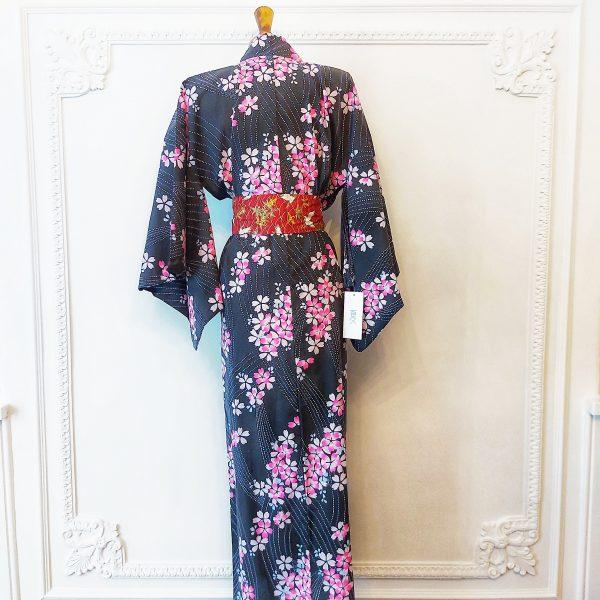 japanrse-cherry-blossom-yukata-kimono-