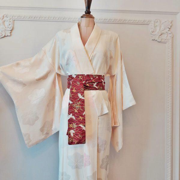 peach-silk-vintage-kimono