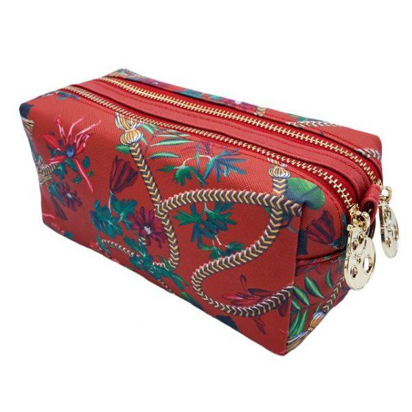 joana-fulana-essential-washbag-golden-tassel-burgundy