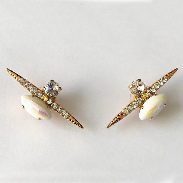 Heiter-jewellery-spike-stone-stud-iridescent-white-gold